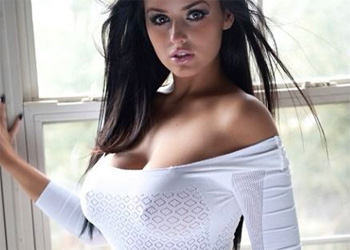 Abigail Ratchford Busty Model