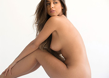 Alexa Campbell nude