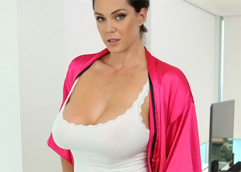 Alison Tyler Monster Curves