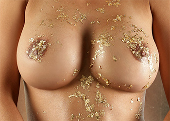 Alley Baggett Gold Glitter Nude