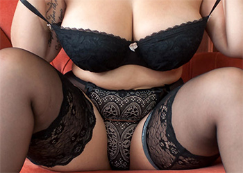 Anastasia Lux Thick In Lingerie