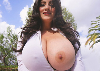 Antonella Kahllo Wet and Wild