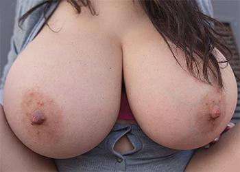 Antonella Kahllo Dangerous Babe