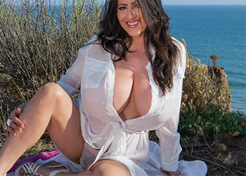 Antonella Kahllo cliff diva
