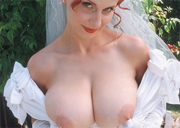 Bettie Ballhaus Busty Bride