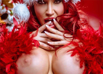 Bianca Beauchamp naughty christmas