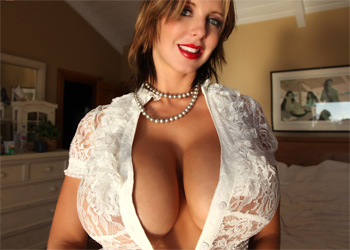 Brandy Robbins Big Lace Tits