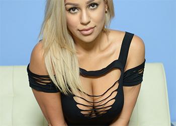 Briana Lee XX New Website