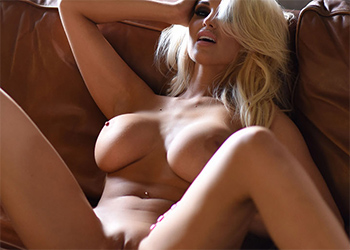 Cara Brett Showing Off Her Pussy