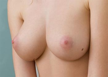 Carisha Perky Tits Erotic