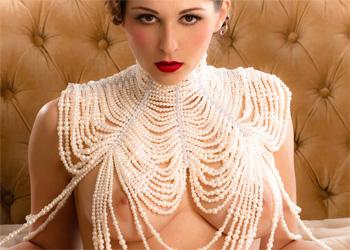Carlotta Champagne Vintage Vixen Zipset