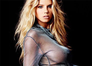 Charlotte McKinney Incredible Chick