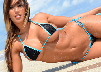 Claudia Sampedro String Bikini Mixed