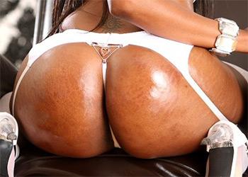 Codi Bryant thick showgirl