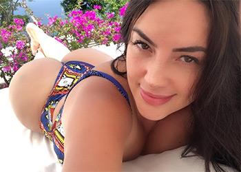 Daly Marithe sexy babe
