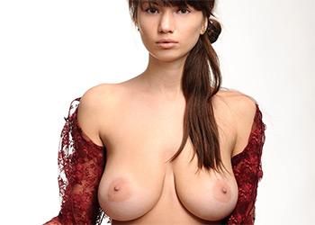 Daria D nude art