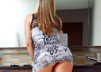 Dayna Lovely Ass Cosmid