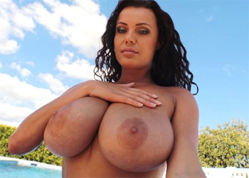 Elle Faye pinupfiles video