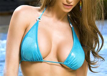 Emily Addison bikini