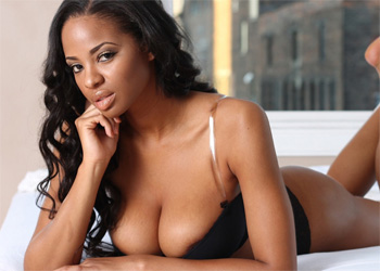 Erika Mayshawn Hot Ebony Actiongirl