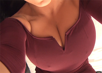 Ewa Sonnet pinching nipples video
