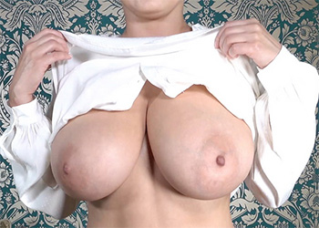 Ewa Sonnet big boobs crush