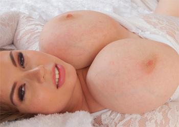 Georgina Thick Curves