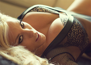 Xo Gisele Frisky In Fishnet