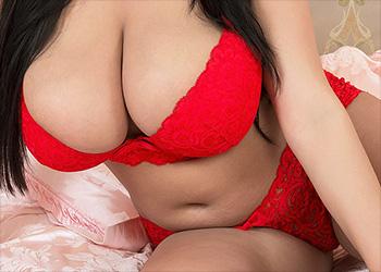 Helen Star lipstick nipples