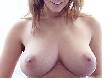 Holly Peers ripped