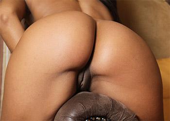 Isabella Chrystin nude