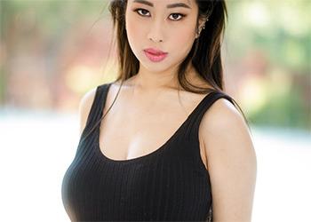 Jade Kush big tits