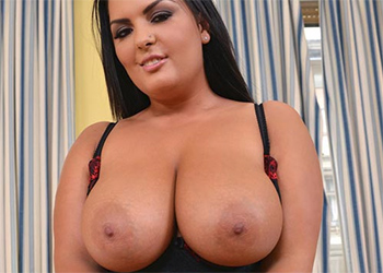 Jasmine Black Voluptuous