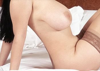 Joana Bliss natural boobs