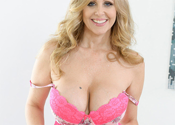 Julia Ann Is Feeling Horny