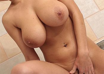 Kathy Kozy Nude Bath