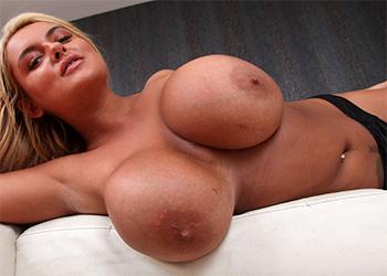 Katie Thornton Nude XXCel