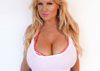 Kelly Madison Muy Grande