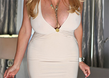 Kelly Madison Busty Lover