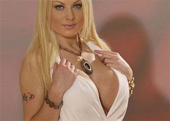 Kelly Bell huge tits