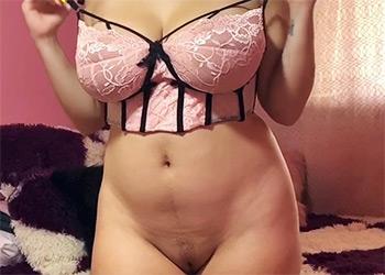 Kim Velez oiled body