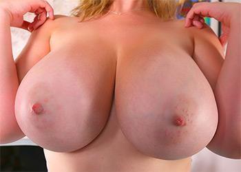 Lana Kendrick bright blue bra