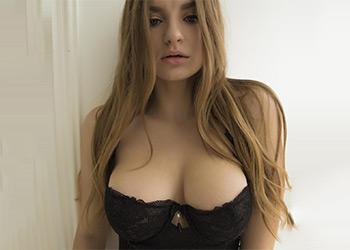 Laura short skirt nudex