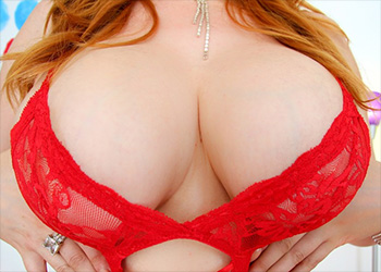Lauren Phillips red hot
