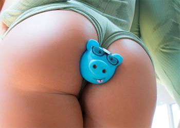 Layla Price butt plug