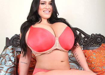 Leanne Crow Pink Lounge Lingerie