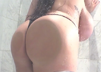 Leanne Crow Shower Video