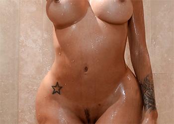 Lela Star Steamy Shower