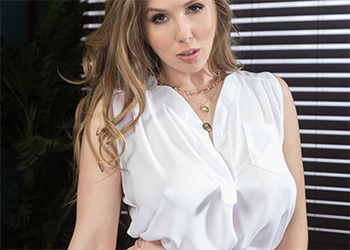 Lena Paul suckseed in business brazzers
