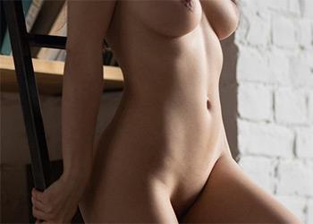 LoriQ lovely nude stasyq